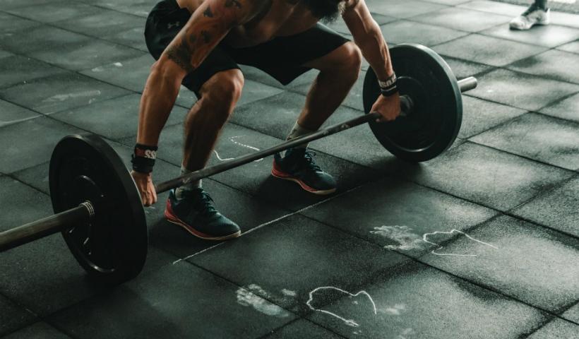 Musculação para todos: Cia Athletica convida para malhar