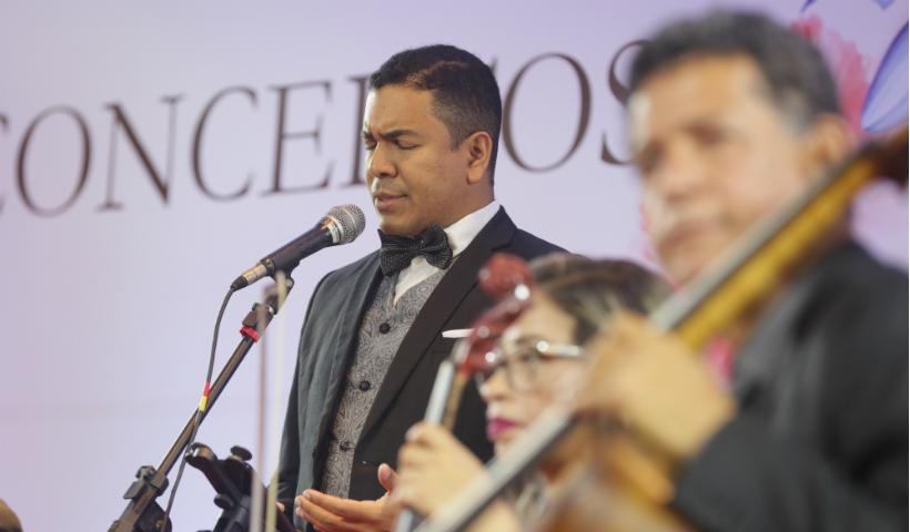 Vídeo: Concertos da Primavera trouxe música e ópera para o RioMar