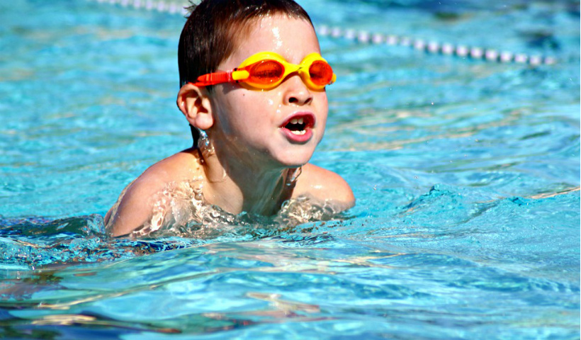 Natação infantil: na Cia Athletica a atividade começa cedo
