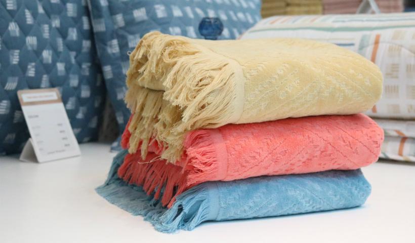 Verão: toalhas de praia estilosas para a temporada