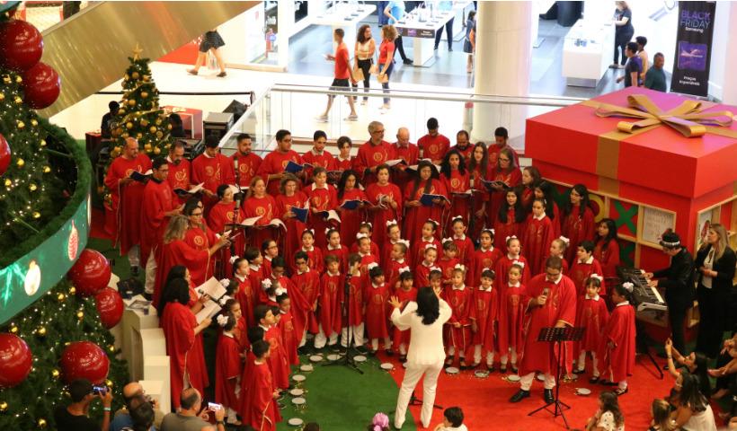 Coral do Colégio Santa Maria enche de emoção o Natal RioMar