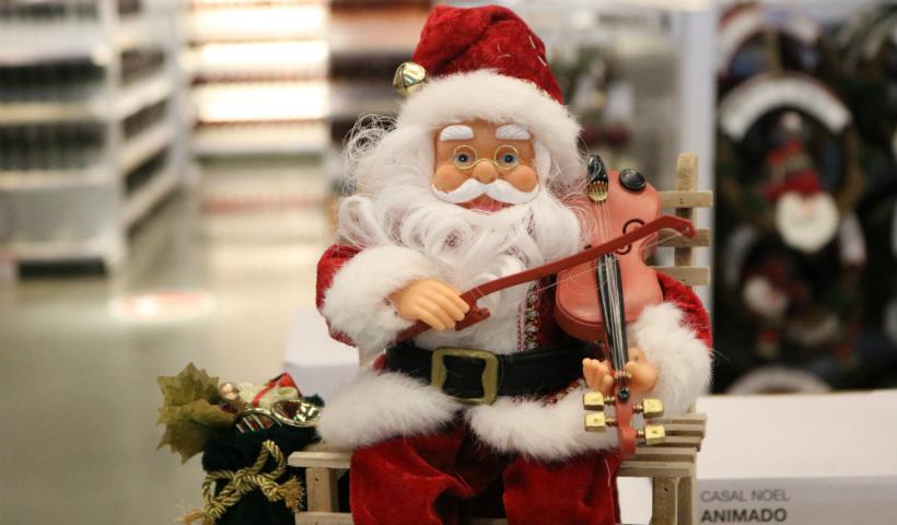 Nova coleção de Natal é destaque na Etna