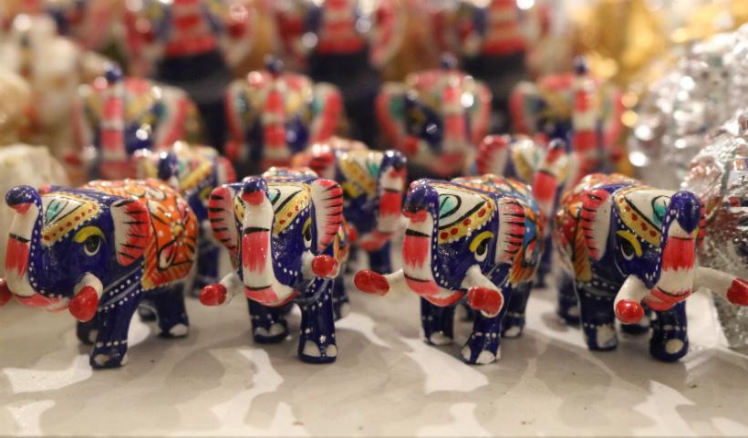 Do Senegal à Índia, Feira das Nações preenche RioMar com arte