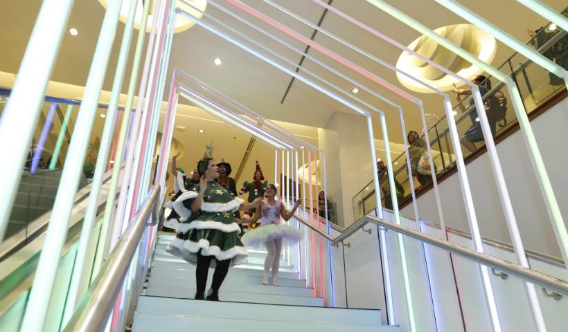 Escada musical já é tradição no Natal RioMar