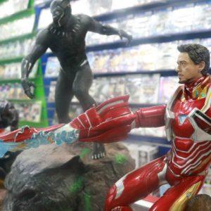 Vingadores: colecionáveis realistas chamam a atenção dos fãs