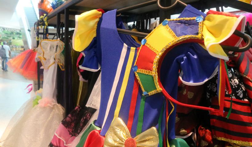 """Quiosque """"Seu Carnaval"""" dá o tom da folia ao RioMar"""