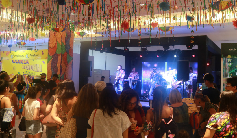 Cidade Seu Carnaval: Faringes da Paixão anima abertura oficial