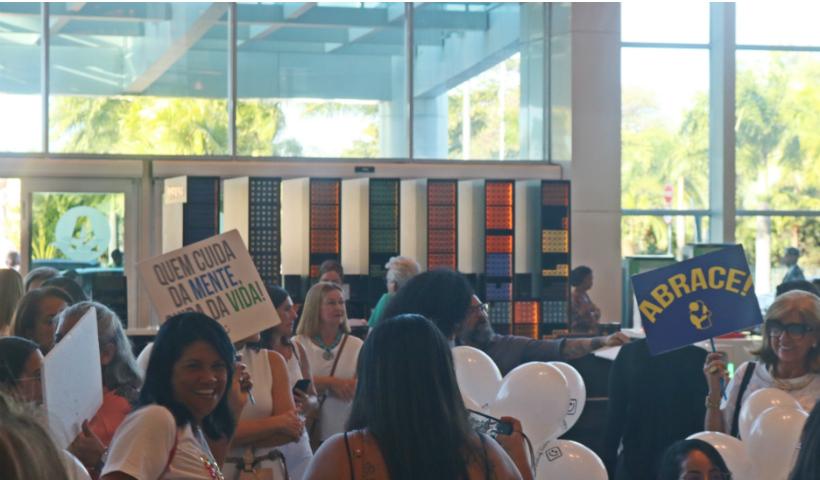RioMar recebe movimento Janeiro Branco pela saúde mental