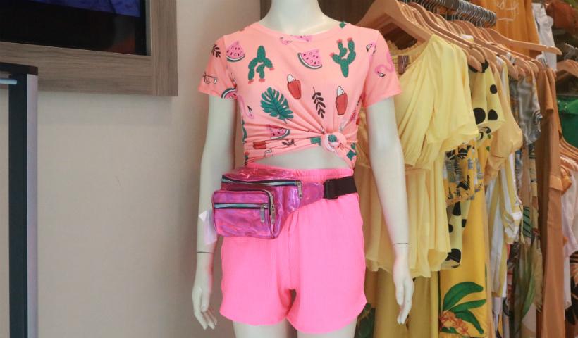 Looks leves para quem vai pular Carnaval