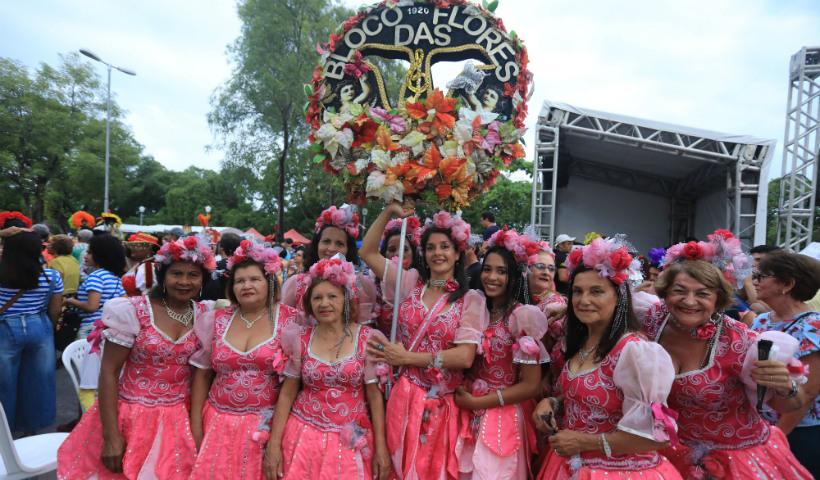 Hoje tem Encontro de Blocos no Carnaval do RioMar