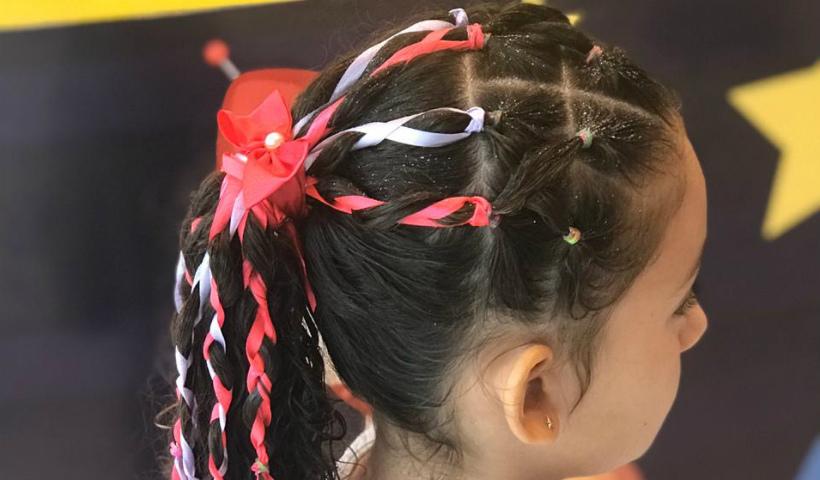 No Zion Kids, penteados carnavalescos para os pequenos foliões