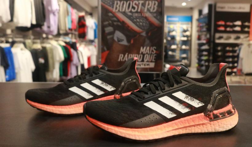 Tênis Ultra Booster PB é novidade na Adidas