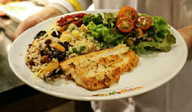 Prepare você mesmo uma salada nutritiva e saborosa