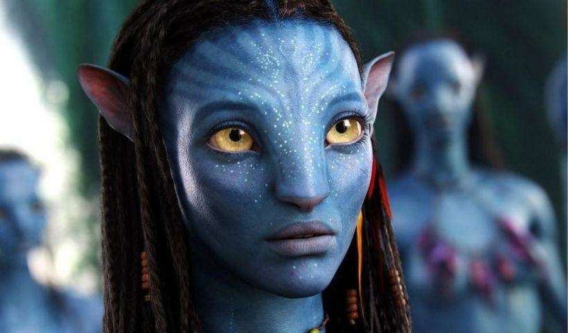 Zoë Saldaña estrela três dos cinco filmes de maior bilheteria