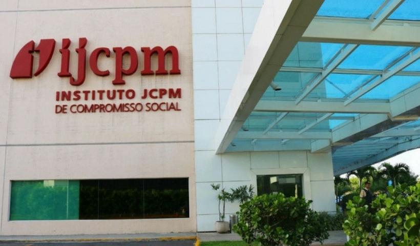 Ação do Instituto JCPM garante cestas básicas para estudantes