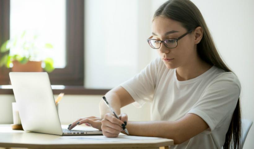 Enem: como estudar em casa da melhor forma