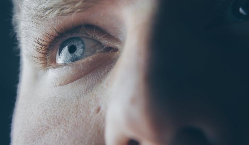 Hope disponibiliza teleorientação gratuita de oftalmologia e otorrino