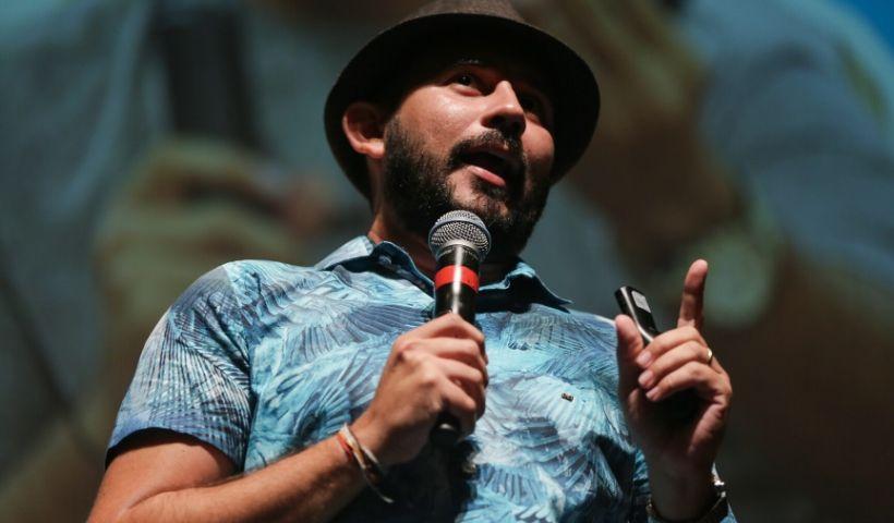 #TBT Bráulio Bessa encanta o Festival de Literatura RioMar