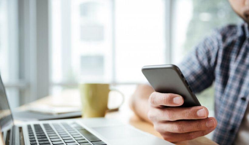 Play Cases destaca itens para smartphones