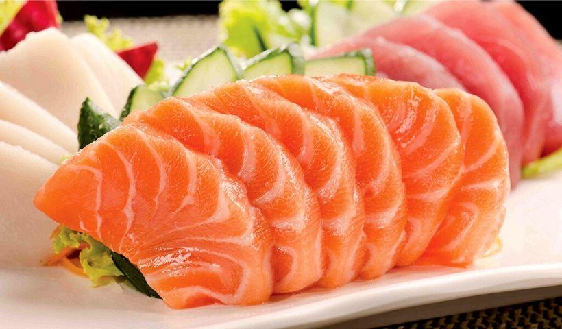 Sushi cai bem sempre! Peça o seu de casa com o RioMar Online