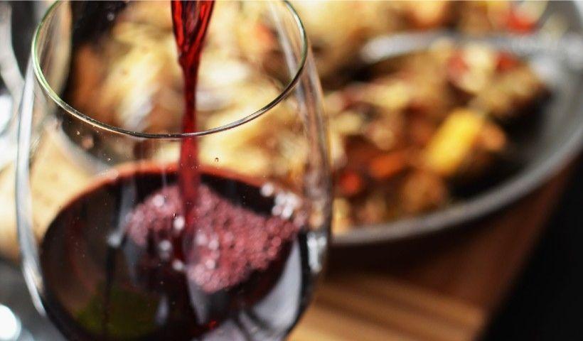 Que tal relaxar no fim de semana com um vinho da Ridouro?