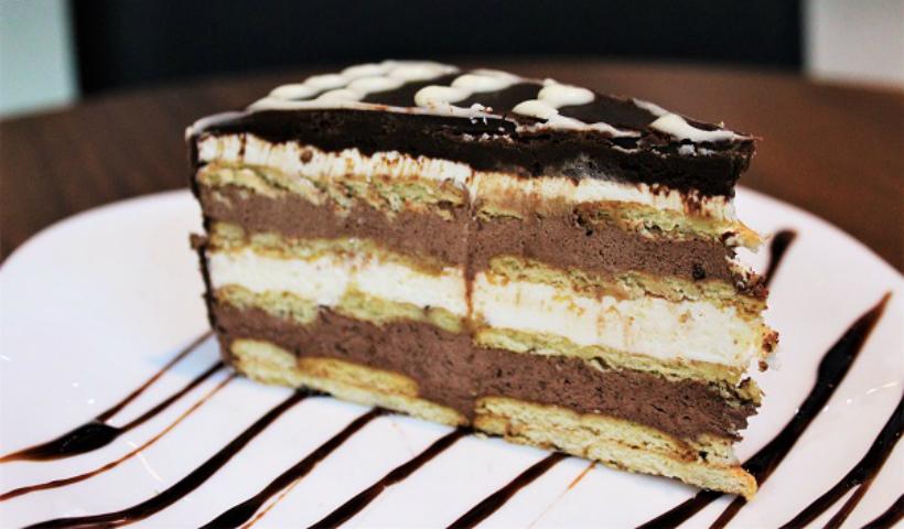 Mr. Black Café: tortas deliciosas no RioMar Online