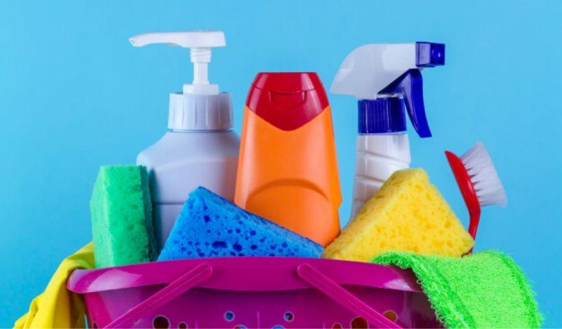 Sugestão de como fazer uma limpeza quinzenal para sua casa