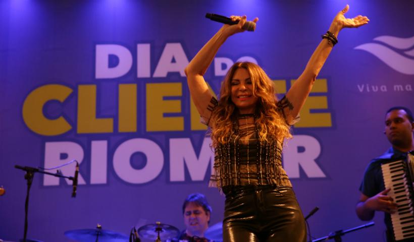 #TBT para pular e cantar com Elba Ramalho