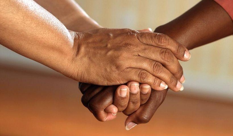 Dia do Amigo solidário: sua ajuda é o presente para quem precisa