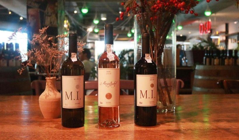 Aromas e Vinhos RioMar: dos rótulos aos acessórios