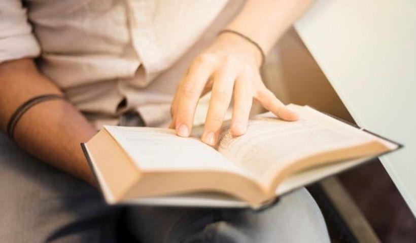 2020: veja 5 livros mais vendidos até agora