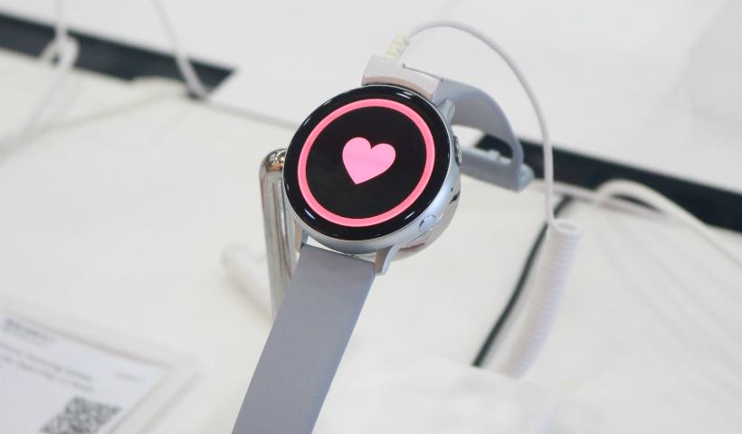 Conexão e alta performance: smartwatches para presentear seu pai