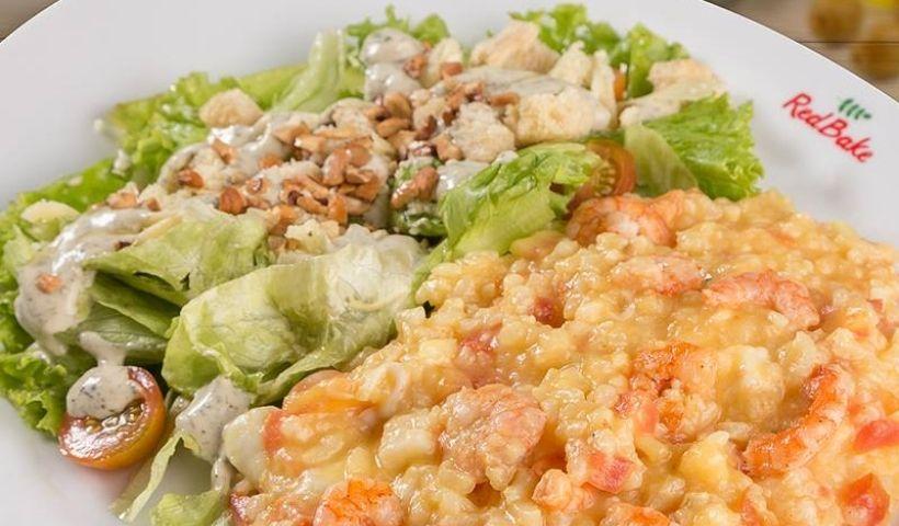 Camarão ou salada? Veja opções leves e gostosas do Red Bake