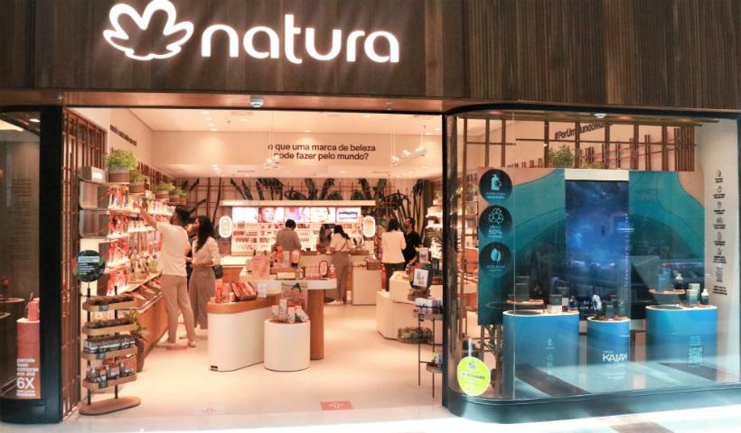 Natura inaugura no RioMar e convida a uma experiência sensorial