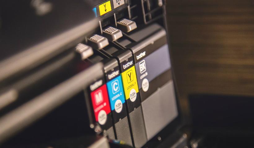 Impressora sem tinta? Cartuchos com frete grátis na sua casa