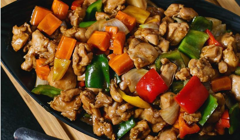 Culinária oriental em alta com o Yan Ping no RioMar Online