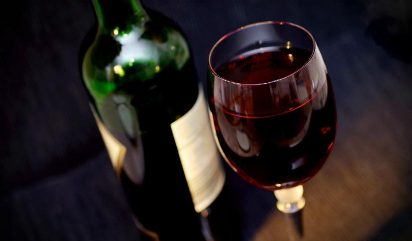 Garrafeira do Cais apresenta vinhos de 8 nacionalidades