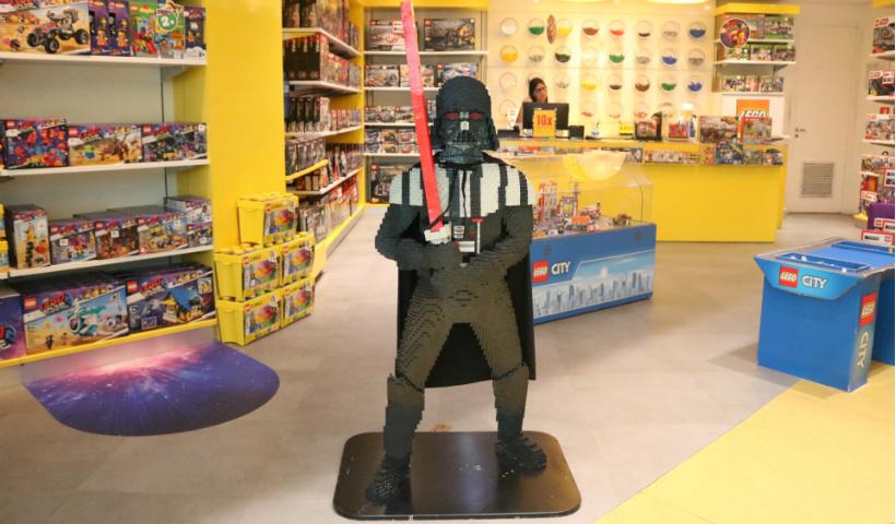 Morre ator David Prowse, famoso por interpretar Darth Vader