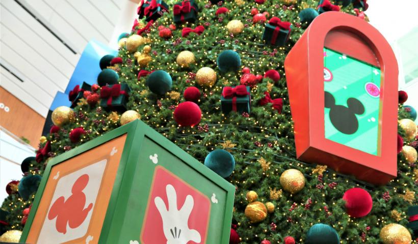 Decoração de Natal RioMar mistura a fantasia ao encanto Disney
