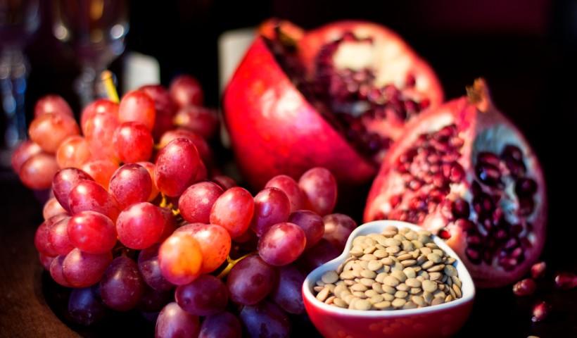 Lentilha, romã, uva… qual será sua simpatia?