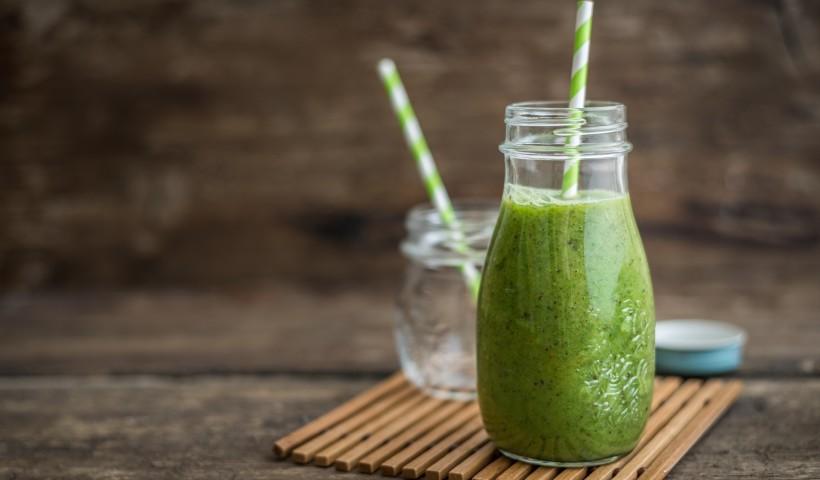 Receitas de suco detox para começar 2021 com saúde
