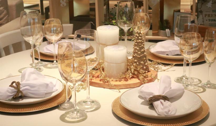 Ceia de Natal: utensílios para compor a mesa no estilo