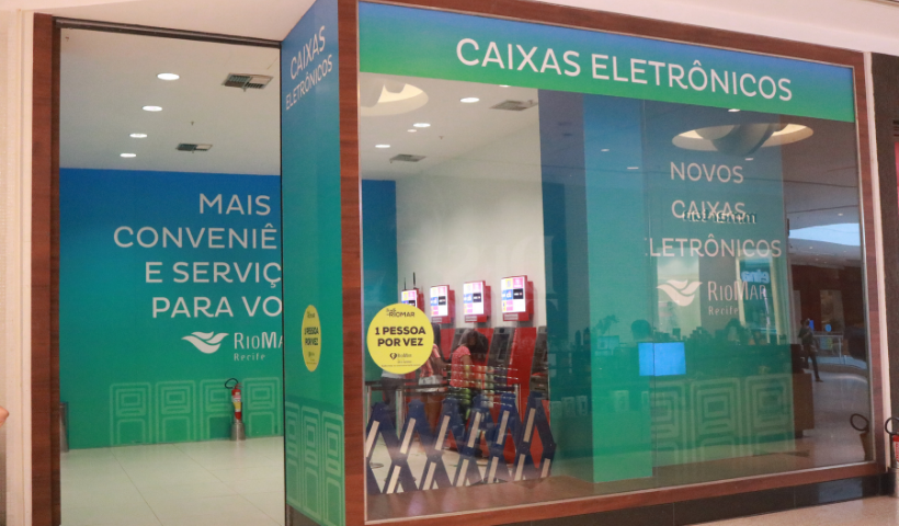 Serviços bancários oferecidos no RioMar