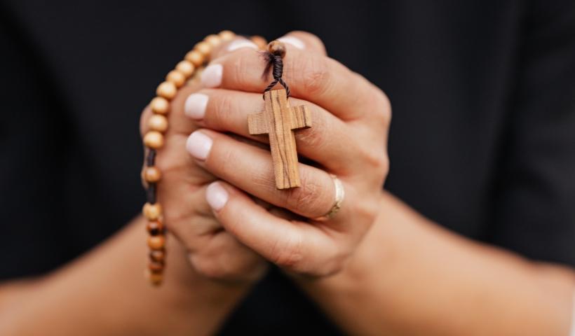 É religioso? Don Jobin destaca itens sagrados no Riomar Online