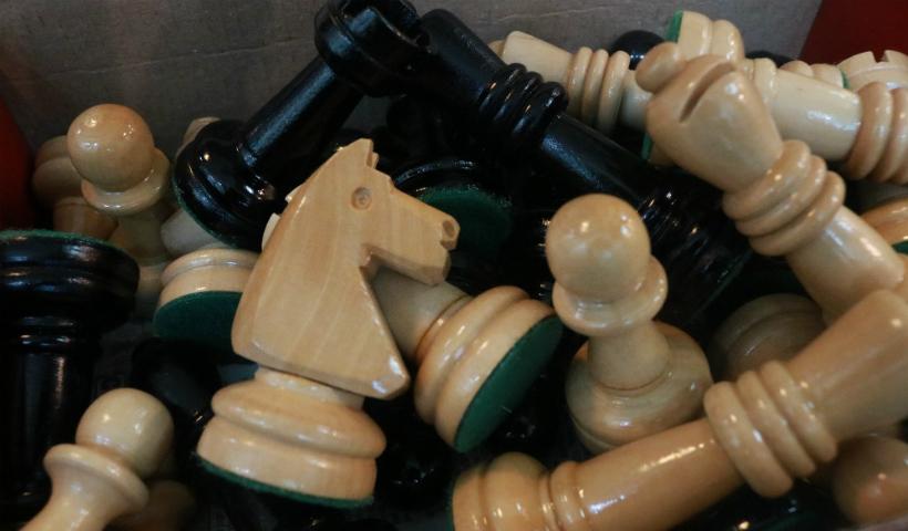 "Série ""O Gambito da Rainha"" inspira jogadores de xadrez"