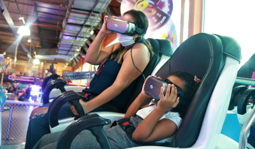 Férias no RioMar tem cinema, boliche e muito mais
