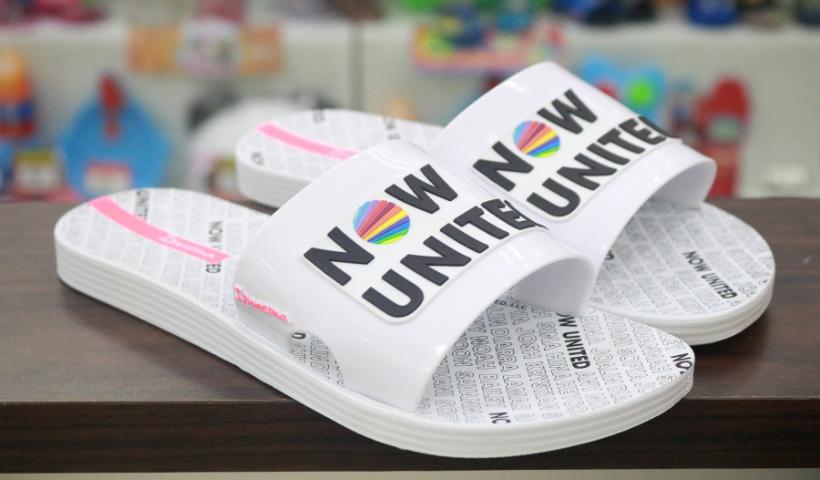 Now United: novas sandálias para os fãs do grupo