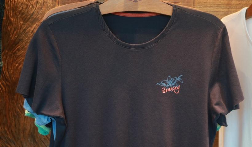 Camisas básicas Seaway revelam conforto e estilo