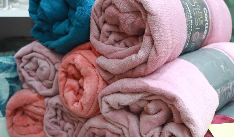First Class: de lençóis em microfibra a toalhas de banho