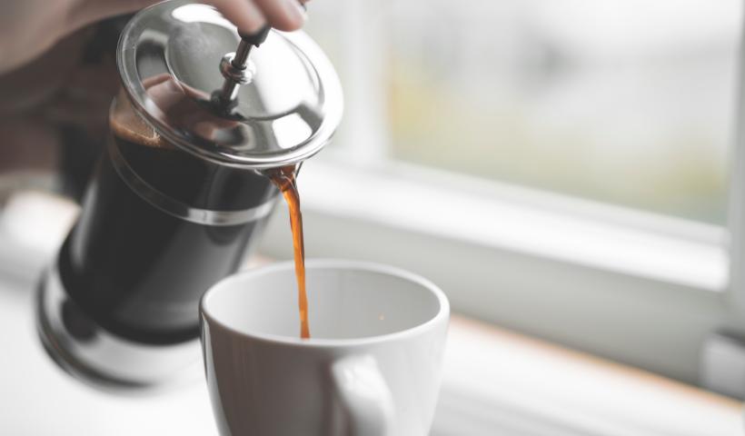 Café quentinho em casa? Conheça 3 métodos usados no preparo
